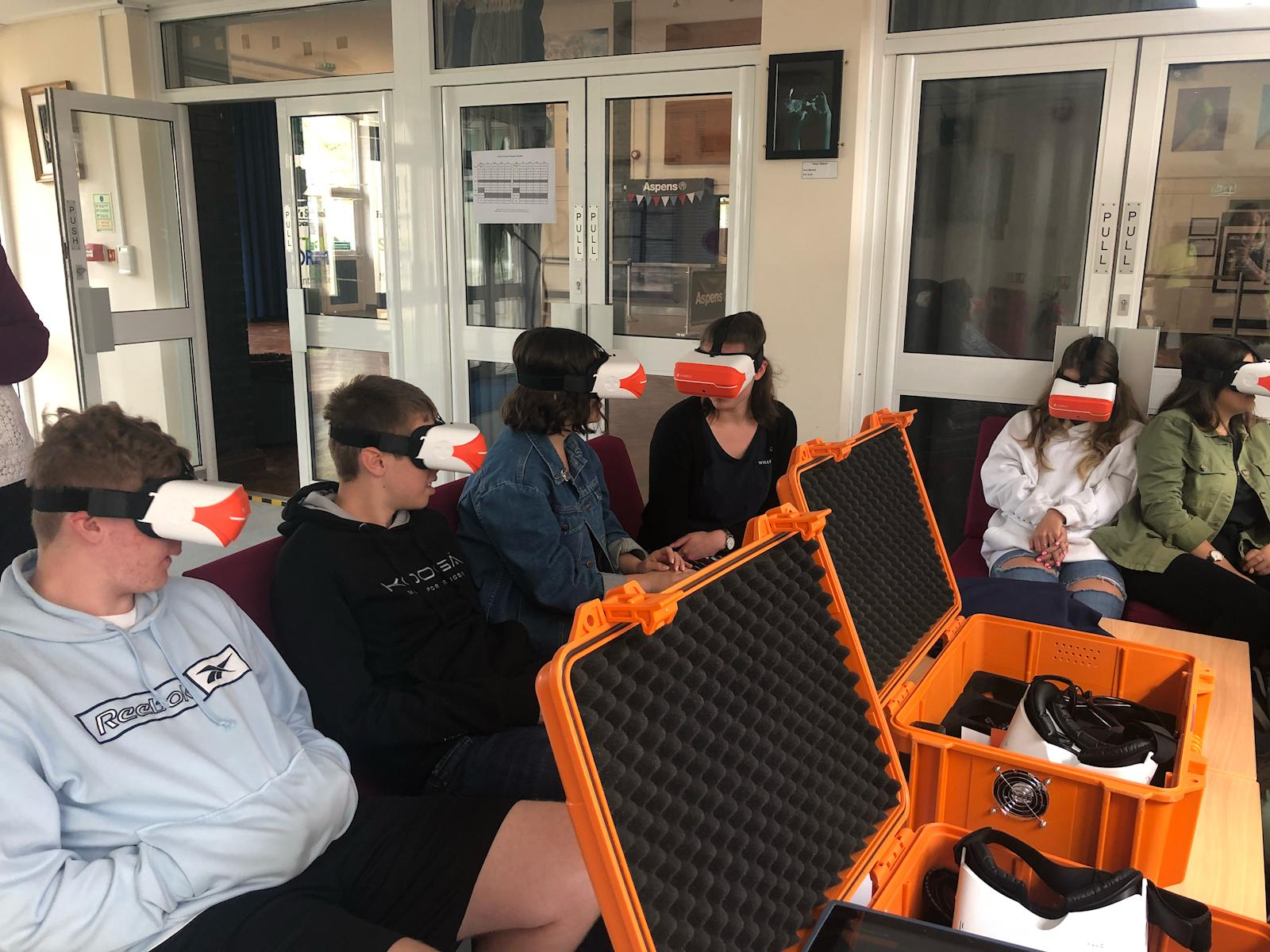 virtual VR driving lesson for secondary school students